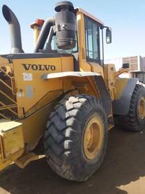 آليات ثقيلة للبيع في إمارة الشارقة الإمارات