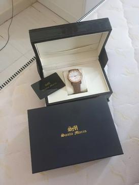 أريد أبيع هذه الساعة
