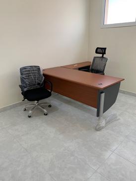اثاث مكتبى للبيع