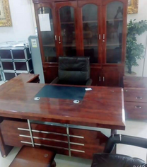اثاث مكتب كامل للبيع