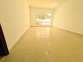 Studio for rent in Khalifa A