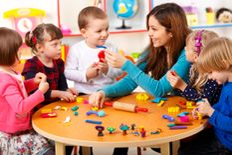 استضافة أطفال ورعاية لذوي الاحتياجات الخاصة