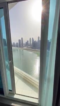 استلم شقتك على قناة دبي المائية في الخليج التجاري