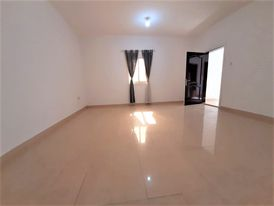 studio with roof for rent in khalefa A