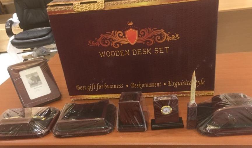 اطقم مكتبية خشب