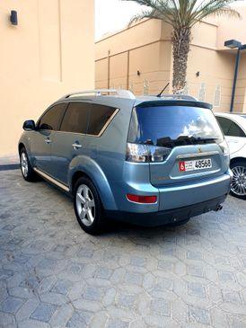 اوتلاندر/V6 /2009 / مالك أول/ فول أوبشن/تشيكات وكاله /بدون حوادث/صبغةالوكاله/0555580010
