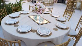 Rent all kinds of chairs and tables Dishers service of hospitality