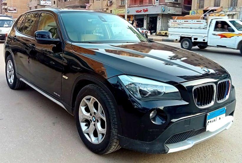 عربية BMW x1 للبيع
