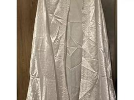 برنص لفستان الزفاف
