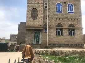بيت للبيع  في صنعاء - مديرية معين حي السنينة