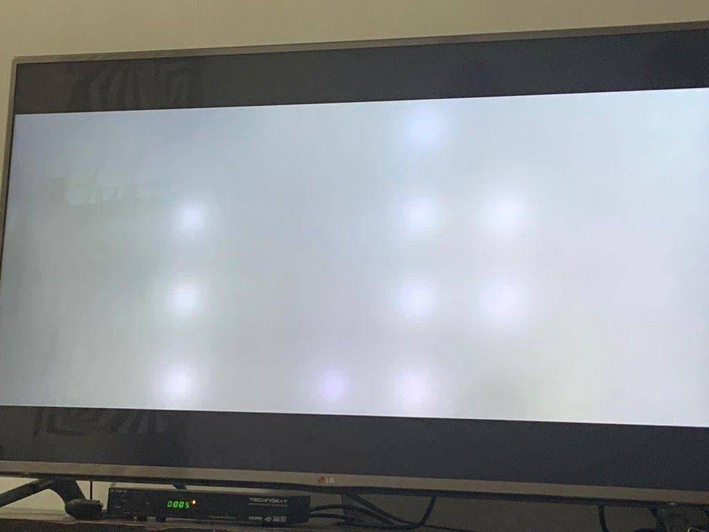 تصليحً شاشات بطرق محترفة