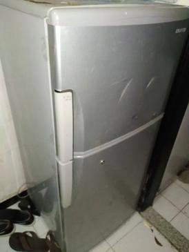 ثلاجة 2 باب للبيع
