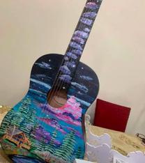 جيتار مستعمل للبيع