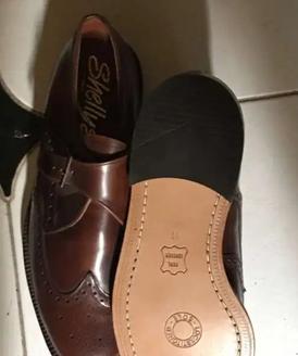 حذاء جلد طبيعي  مقاس ٤٥ للبيع