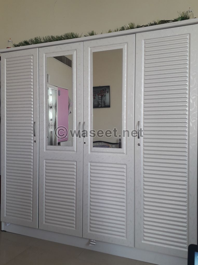 Wardrobe for Sale 500 AED in Khalifa City