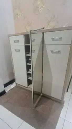 خزانه احذيه للبيع 0