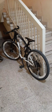 دراجة بحالة ممتازة للبيع