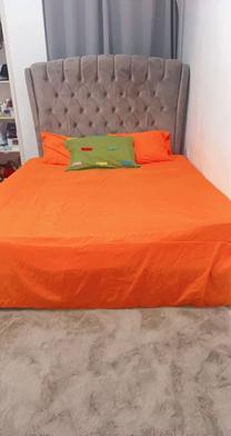 دولاب شبه جديد وسرير جديد بحالة جيدة للبيع
