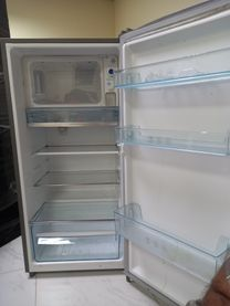 Small fridge in good condition
