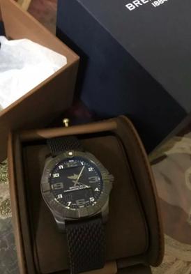 ساعة رجالي للبيع