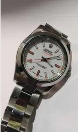 ساعة رولكس M972977