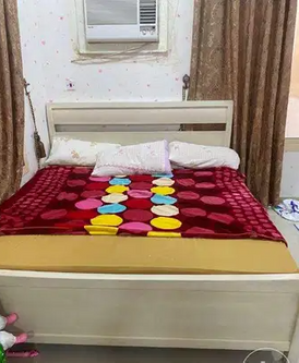 سرير بحجم كينج للبيع 12