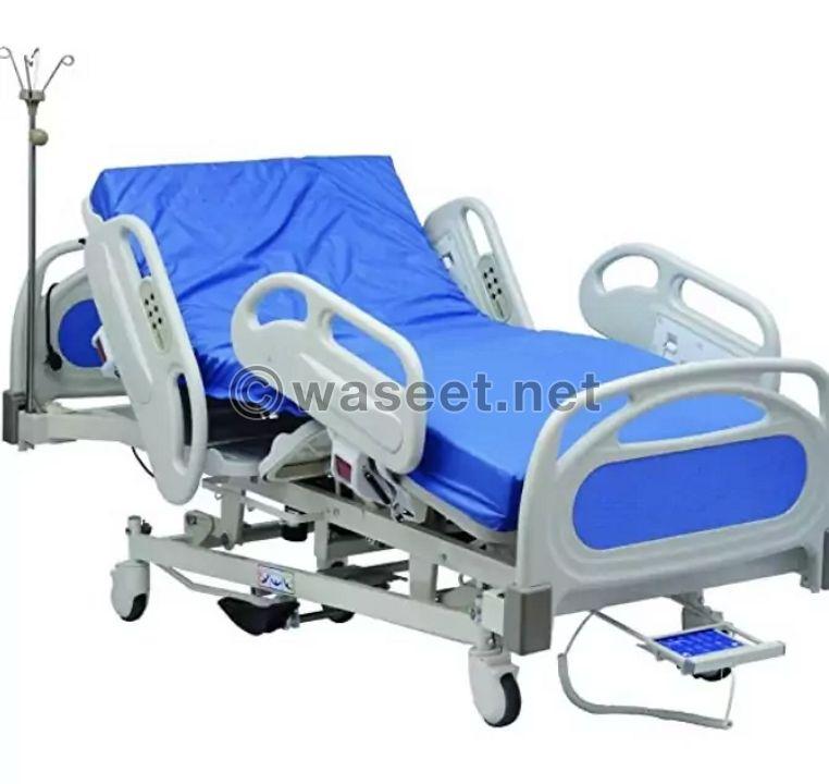 سرير طبي جديد