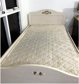 Bed for sale urgent