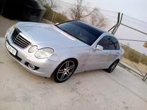 سيارة مارسيدس بنز 230 E