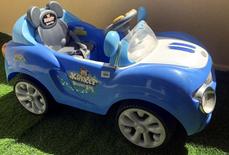 سياره اطفال كهربائيه