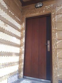 شقة بمساحة 150 متر مستويين بحديقة   المقطم...