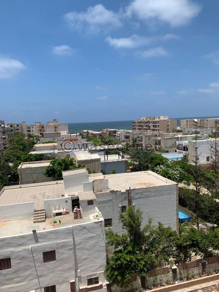 شقة على البحر فى كمبوند بالهانوفيل العجمى الإسكندرية