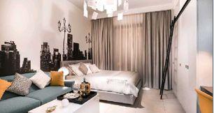 شقة غرفة وصالة او غرفتين عن بعد 5 دقائق من دبى موزل
