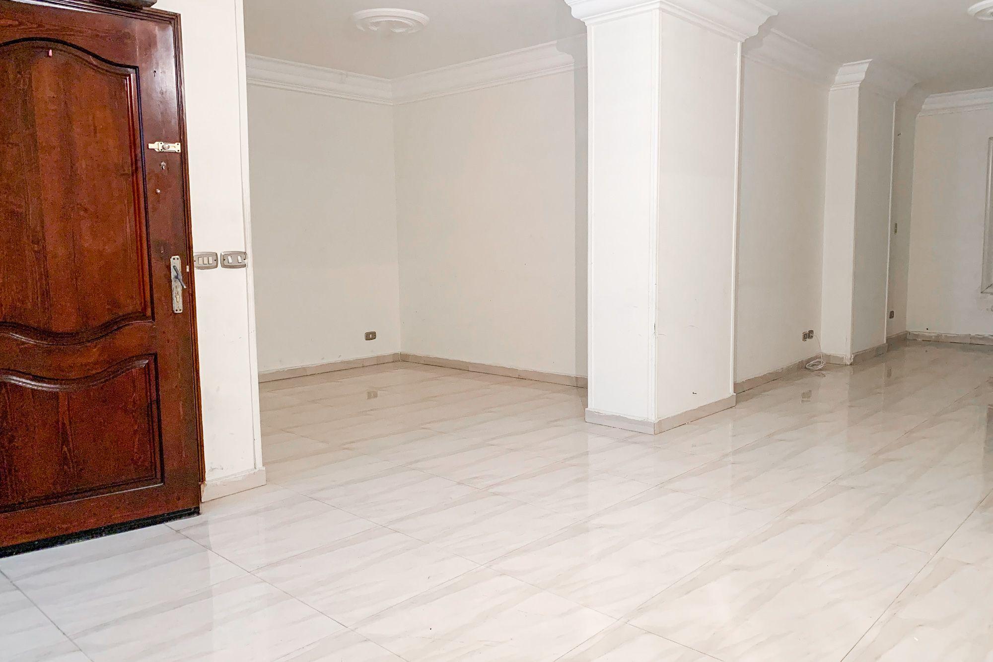شقة للإيجار 130 م سموحة