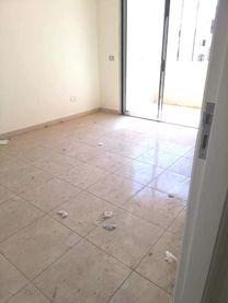 شقة للبيع بدوحة عرمون