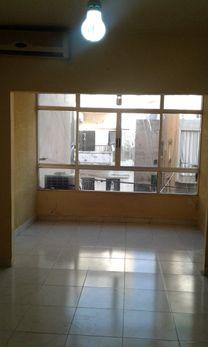 شقة للبيع في منطقة برج حمود 55 م