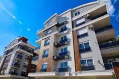 شقة للبيع في منطقة كونيالتي انطاليا...