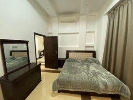 Apartment for rent fully furnished in khalifa