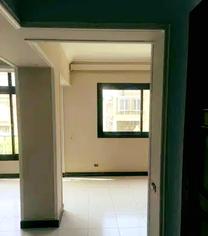 شقه للبيع 135م خلف النادي الأهلي