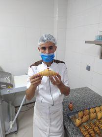شيف كرواسون من المغرب يبحث عن عمل