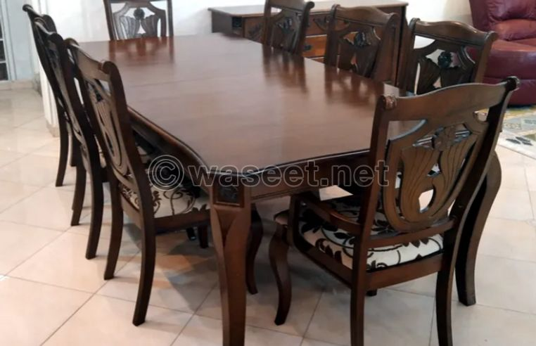 Dining table for sale 1