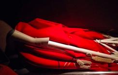عربايه من جونيور لون احمر