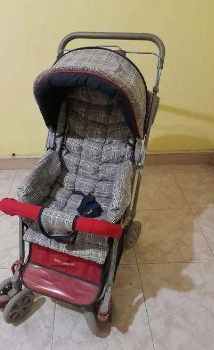 عربة أطفال للبيع 9