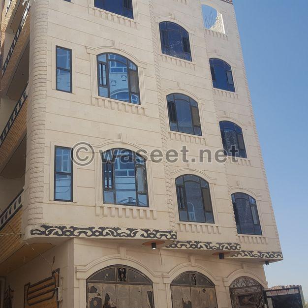 عمارة للبيع في صنعاءشارع النصر