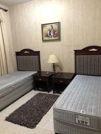 غرفة متاحة لشخصين في شارع الملك فيصل الشارقة