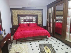 غرفة نوم ملكية خشب زان