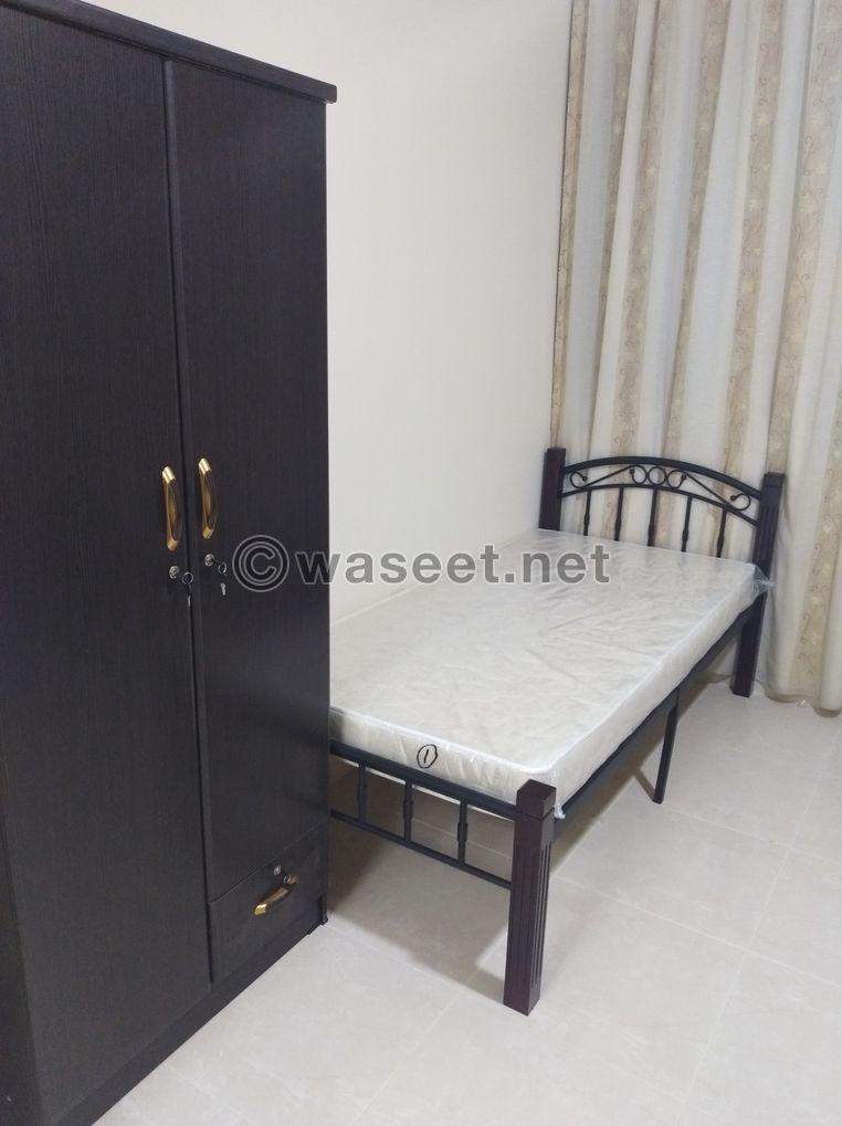 غرف للايجار  للشباب بشارع حمدان