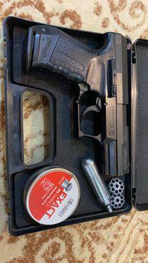 مسدس غاز cp99