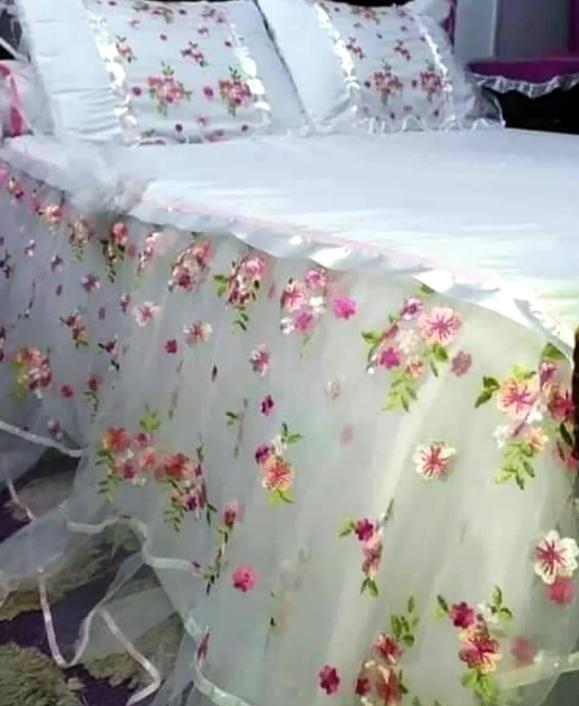 فرشات لسرير جوده من القطن الطبيعي