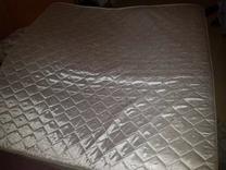 فرشة سرير للبيع